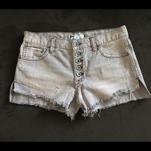Free People Jean shorts size 25